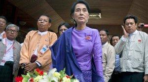 Aung San Suu KYi, tras ser elegida. Foto EFE