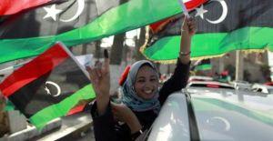Participación activa de la mujer en la redacción de la Constitución. Imagen: Reuters