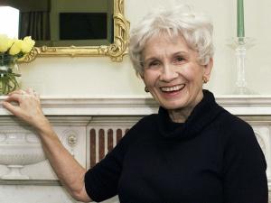 Alice Munro, flamante Nobel 2013 de Literatura. © GTRESONLINE