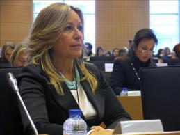: Parlamentarias piden mayor formación y participación de las mujeres en política/Foto: epa