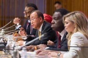 """Ban Ki-moon en la inauguración del evento """"Cada mujer, cada niño"""". Foto: ONU/Mark Garten"""
