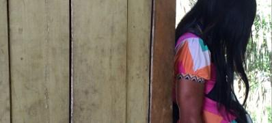 Joven indigena embarazada